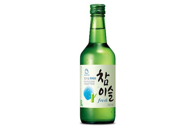 According to British magazine Drinks International, Chamisul was the best selling liquor for the 16th straight year. The South Korean drink has held the number one spot since 2001.(Image: Yonhap)