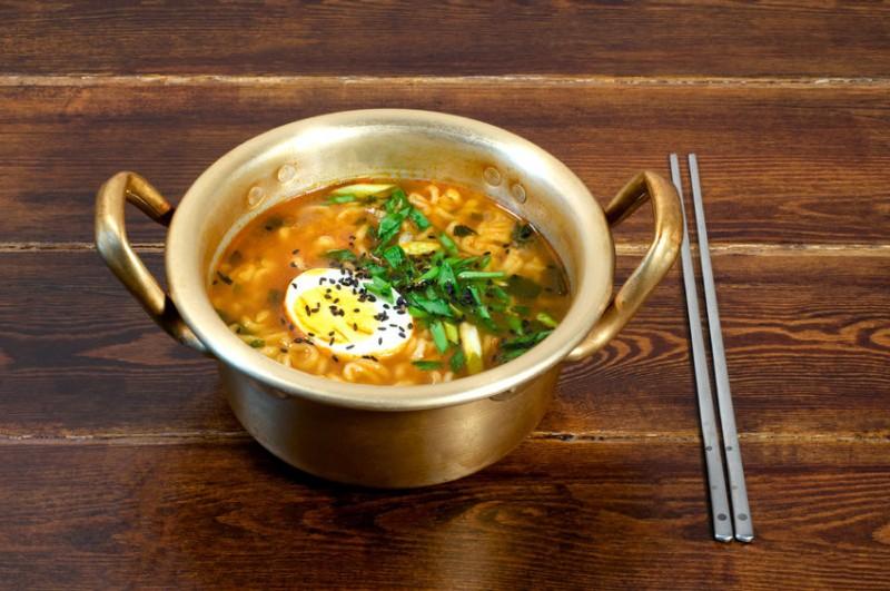 Korea's Answer to Netflix & Chill: 'Wanna Eat Ramen Before You Go?'