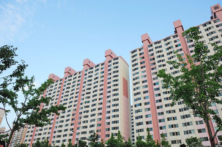 In South Korea, new apartments are sold usually before the construction has been completed. (Image: Yonhap)