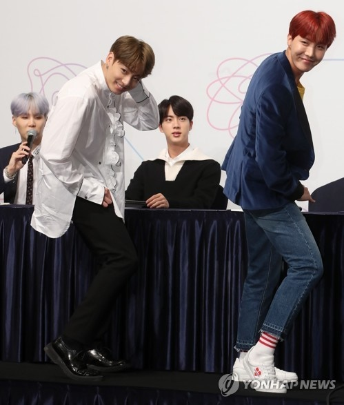 "K-pop band BTS said Monday it hopes to enter the highly coveted Billboard Hot 100 chart in the United States with its latest record ""Love Yourself: Her."" (Image: Yonhap)"