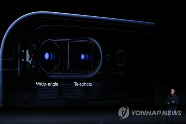 With new smartphone lineups set to be introduced later this year, many manufacturers are prioritizing improved cameras to attract consumers in an increasingly competitive industry. (Image: Yonhap)