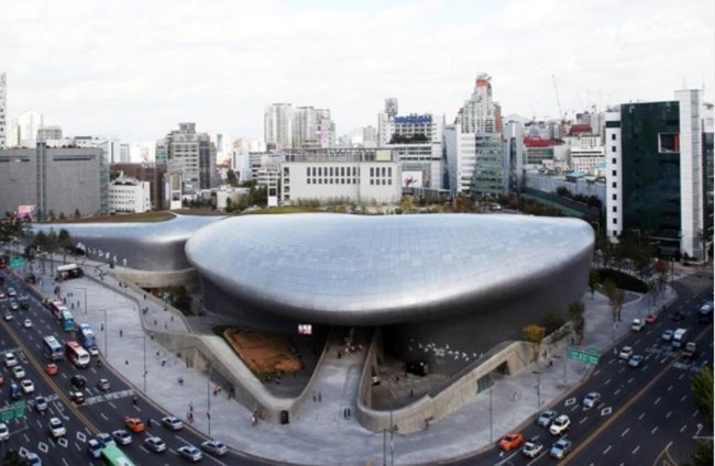 Anticipation is building for the 2017 Seoul Biennale of Architecture and Urbanism that will open at the Dongdaemun Design Plaza on August 2, due to a 36-square-meter model of a Pyeongyang apartment being built as part of the exhibit. (Image: Seoul Tourism Organization)