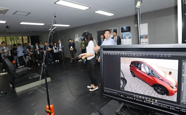 As part of the face-to-face with the media, reporters were given access to the normally off-limits Design Center where they got a chance to take in developments like 3D graphics and augmented reality based digital design, automotive color and trim designs and clay models of preliminary car designs. (Image: GM Korea)