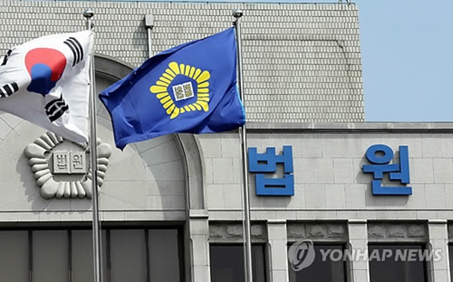 The number of civil and family lawsuits and criminal cases filed last year hit an 18-year high not seen since the Korean financial Crisis in 1998. (Image: Yonhap)