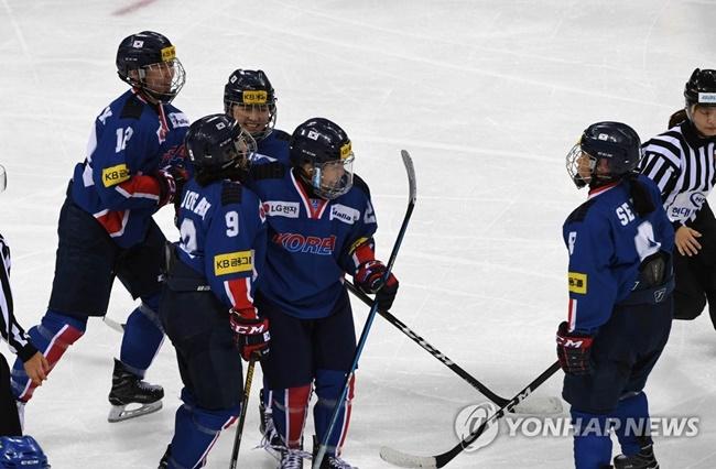 South Korean Women's Hockey Team to Play Friendlies with NCAA Teams