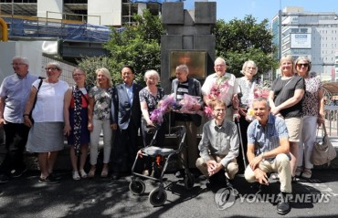 Exhibition of Swedish Korean War Hospital Brings Medical Staff and Patients Together After Decades