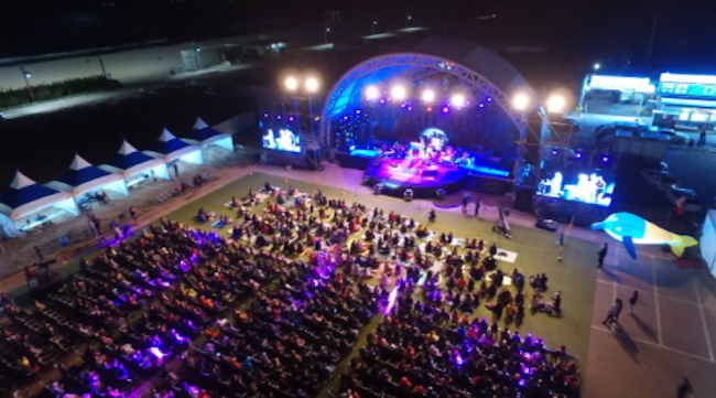 Jazz musicians from 14 different countries will take the stage at Chilpo Beach in Pohang for the 11th Chilpo Jazz Festival. (Image: Korea Tourism Organization)