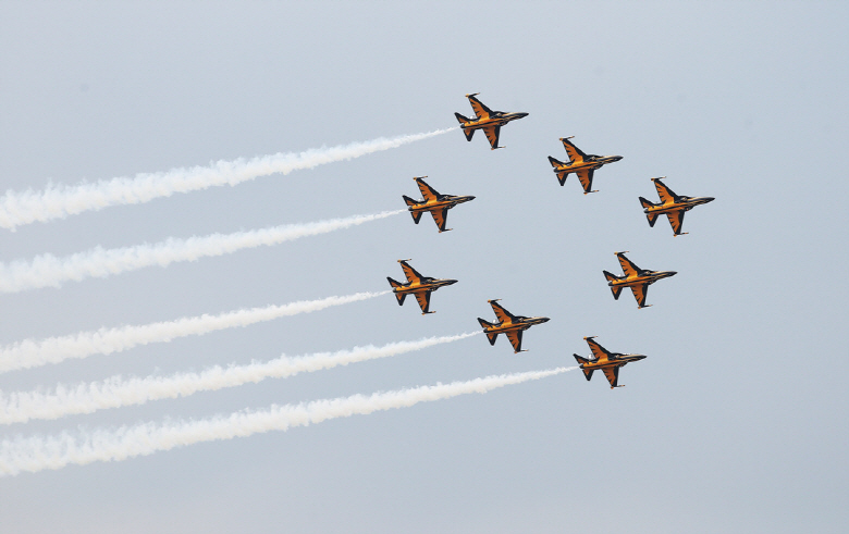 F-22s, F-35s to Join Seoul Air Show: Ministry