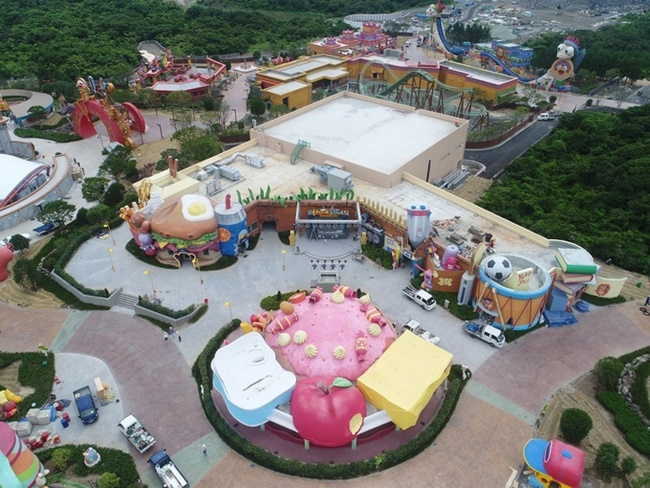 This picture taken on Aug. 8, 2017, shows a theme park in Jeju Shinhwa World under development in Jeju Island. (Image: Yonhap)