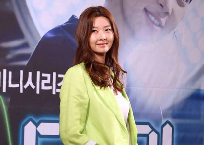 The husband of actress Song Sun-mi was killed by a man hired by his relative angry over a family inheritance dispute, prosecutors said Thursday. (Image: Yonhap)