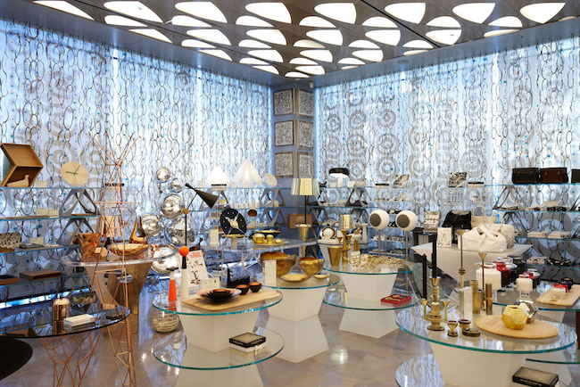 From October 20 to November 5, visitors to the building will be able to get a closer look at a decade's worth of Thom Browne collections amidst a 1950's-styled interior backdrop. (Image: 10 Corso Como Seoul Website)
