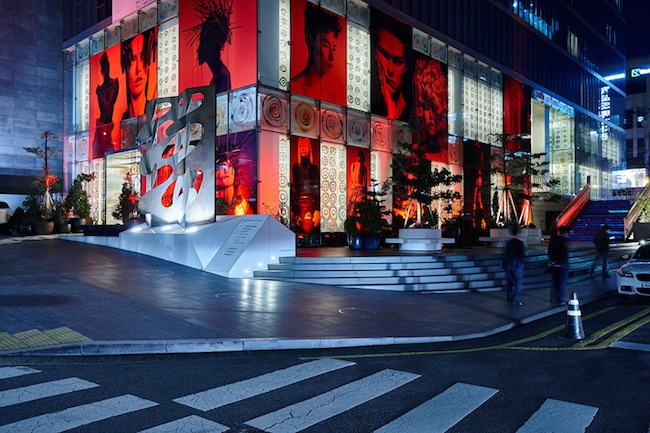 The 10 Corso Como building, which is replete with a bookshop, beauty section and restaurant along with its core clothing areas, is located in Seoul's posh Cheongdam neighborhood. (Image: 10 Corso Como Seoul Website)