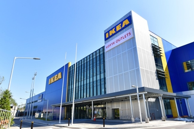 Numerous media outlets have reported that the historical furniture shopping complex in Goyang, also one of the biggest in the country, has been hit hard by the new IKEA store, the second location in South Korea, as some business owners in the region claim sales have plunged by up to 50 percent. (Image: Goyang City)