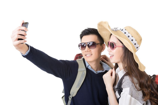 A poll conducted by Hankook Research on behalf of the Korea National Tourism Organization said South Koreans rated themselves 2.75 out of five on their trip manners, with 37.4 percent saying they lack appropriate etiquette. (Image: Korea Bizwire)