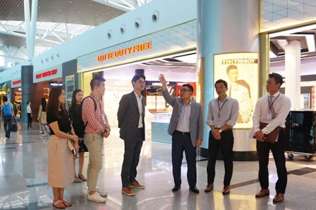 Lotte Duty Free, South Korea's top duty-free operator, said Monday it will open its second airport outlet in Vietnam at the country's southeastern city of Nha Trang next year. (Image: Yonhap)