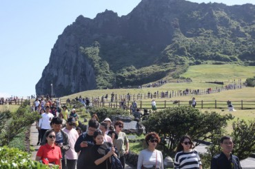 """Too Many Tourists!"" Jeju Residents Say Quality of Life is Dropping"