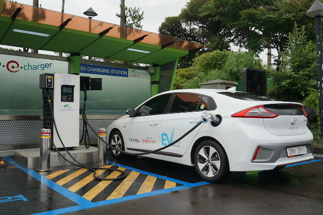 More than a month away from the end of the year, the Jeju government revealed that its designated supply of 4,873 electric cars subsidized by the Ministry of Environment had sold out. (Image: Hyundai Official Website)