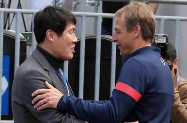 "Bundesliga Legend ""Tscha Bum"" Says South Korean Football Should Follow German Example"