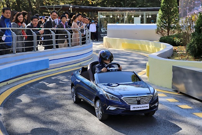 Main attractions like a seat belt training hall, a driving and walking training center and a children's road safety licensing area are expected to be particularly popular. (Image: Hyundai Motor Group)