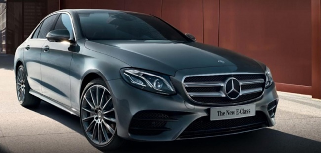 Annual sales figures for Mercedes-Benz cars in South Korea have surpassed the 60,000 units mark, the first time a foreign car manufacturer has reached such lofty heights. (Image: Yonhap)