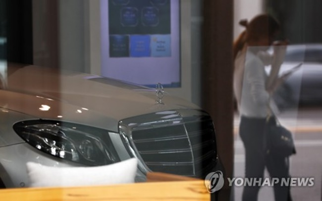 The three foreign automakers were found to have forged certain specifications or types of the vehicles' parts to make it look as though they meet the local standards, between 2010 and 2015, according the Ministry of Environment. (Image: Yonhap)