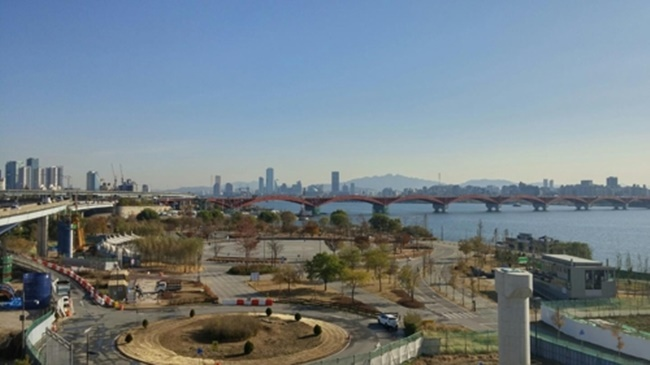 Seoul Plants 90,000 Trees at Nanji Hangang Park