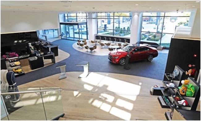 The highlights of the showroom will be gradually introduced. According to Hansung Motor, a high-tech system will enable visitors to experience Mercedes-Benz models in showrooms around the world. (Image: Han Sung Motor)