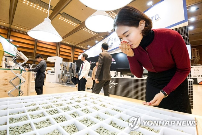 Tickets can be purchased through online booking websites, including Naver, Interpark, and Ticket Monster, but are also sold at the door. (Image: Yonhap)