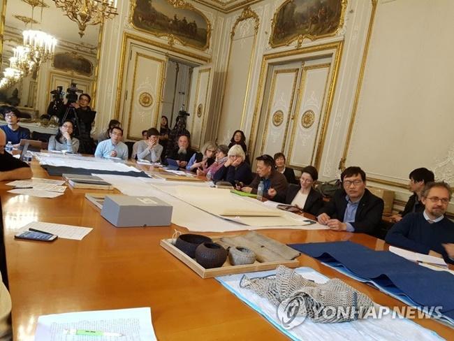 'Hanji' Introduced at Louvre Museum Seminar