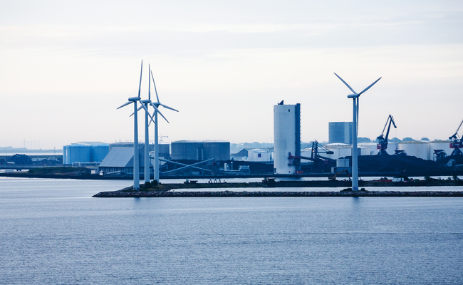 South Korea opened its first commercial wind power plant on the southern island of Jeju on Friday, stepping up its renewable energy initiative, a state-run utility company said. (Image: Korea Bizwire)