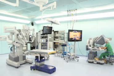 Robot-Assisted Kidney Surgery Results Similar to Those of Traditional Methods