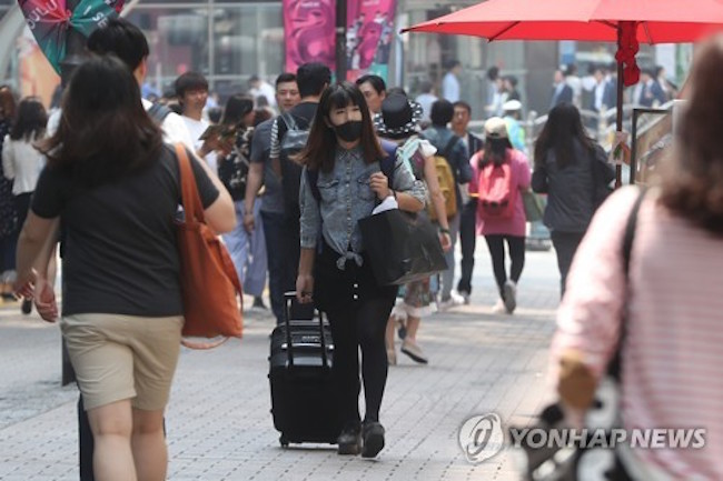 To help travelers go back and forth from the train station to their destination, car sharing and rental car depots will be placed at or near the building. (Image: Yonhap)