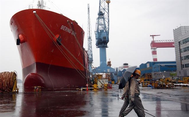Chinese Shipyards Eat Away S. Korean Shipbuilding Market