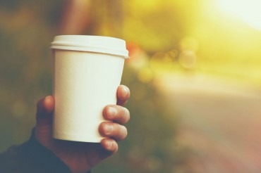 Seoul Gov't to Ban People from Carrying Takeaway Coffee Cups into Buses
