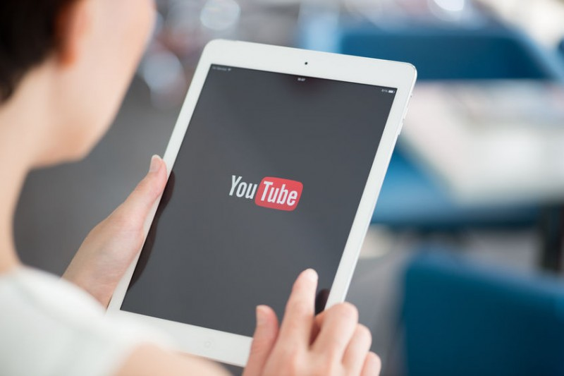 YouTube Most Popular Among Young Koreans, While Those Over 40 Prefer Naver