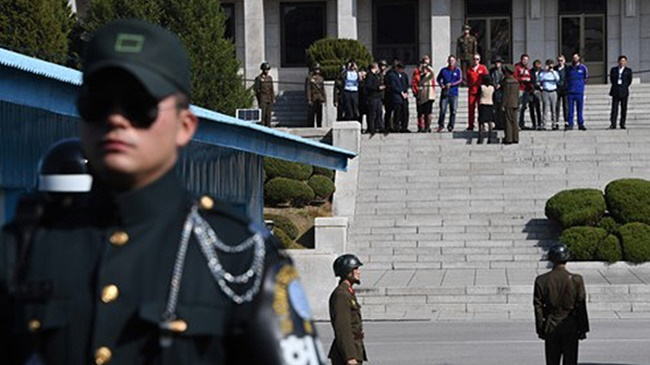 Despite increasing discourse about war with North Korea, South Koreans are actually more concerned with poverty, a new survey has found. (Image: Yonhap)