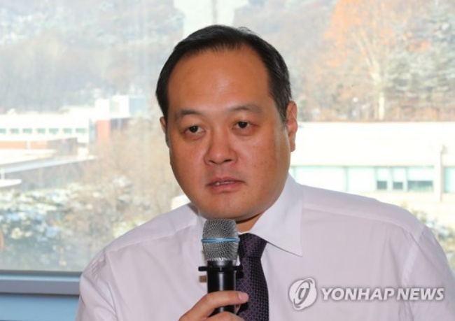 Kim Ji-yong, South Korea's chef de mission for the 2018 PyeongChang Winter Olympic Games, speaks at a press meeting at Kookmin University in Seoul on Dec. 21, 2017. (Image: Yonhap)