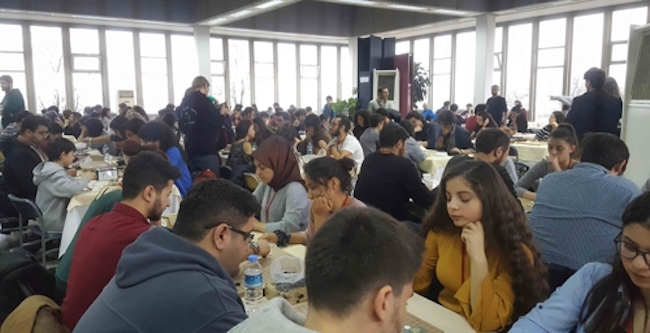 The 77 female players meant that nearly 40 percent of all contestants were women. Turkey has a higher proportion of women who enjoy baduk; the ratio of male to female players worldwide is 9 to 1, while in Turkey the same ratio is 7 to 3. (Image: Korean Cultural Center in Turkey)