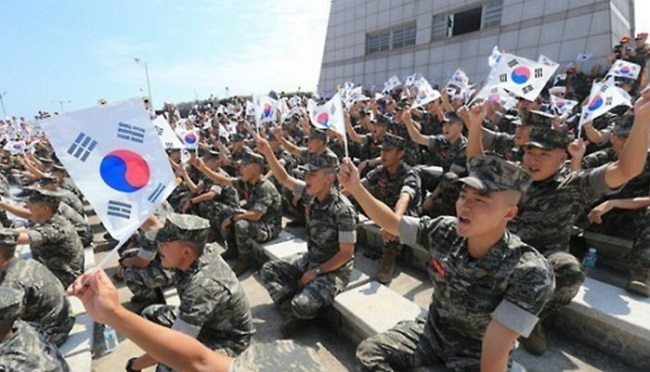 South Korea's military will reduce the number of troops to half a million by 2022 as part of a new round of defense reform, the Ministry of National Defense said Friday. (Image: Yonhap)