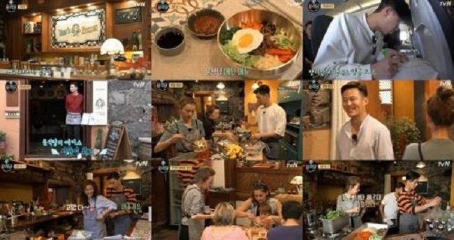 "Star producer Na Young-seok's reality program ""Youn's Kitchen 2"" ranked No. 1 on the weekly TV ratings chart, data showed Tuesday. (Image: Yonhap)"