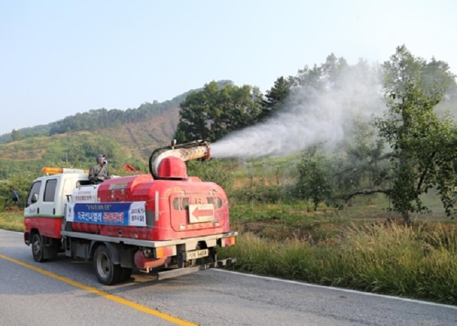 According to projections, agricultural areas can expect pest population reductions of up to 5 to 30 percent this spring, depending on the type of insect. (Image: Chungju)