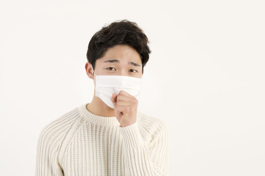 Despite numerous studies that vouch for the effectiveness of cough etiquette, the practice of 'covering one's mouth while coughing' has yet to take root in South Korea. (Image: Kobiz Media)