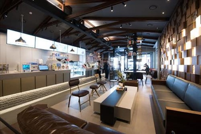 Launched in 2008, Caffe Bene expanded to become one of the country's largest coffee franchises, opening more than 1,000 stores in five years, but lost ground in the saturated coffee market. (Image: Cafe Bene)