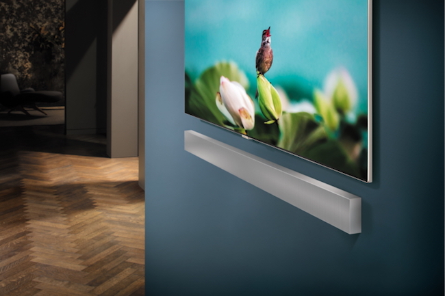 At this year's CES 2018, Samsung introduced the NW700 Soundbar Sound+, a rectangular speaker that can be placed on the wall. Boasting outstanding capabilities and features, the key detail is that its world class performing abilities are all attributed to the groundbreaking work done at the Los Angeles Audio Lab. (Image: Samsung Newsroom)