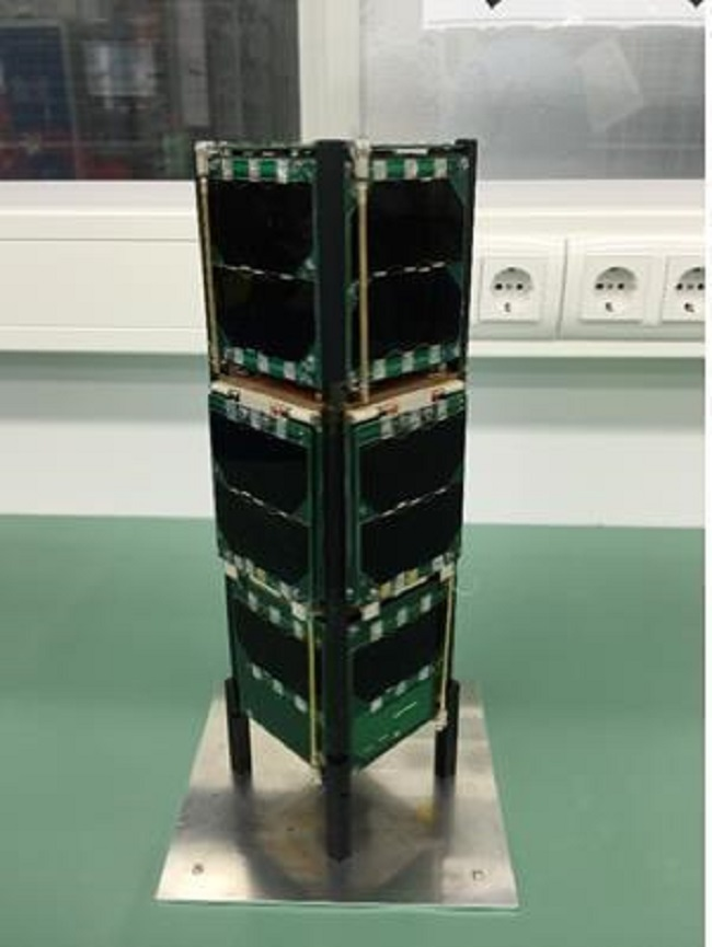 The hexahedron-shaped micro satellites have sides 10cm long and can be stacked on top of one another. (Image: Ministry of Science and ICT)