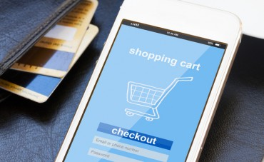 Online Shopping by Customers in Their 50s and 60s Surges