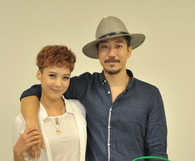 Tiger JK, Yoon Mi-rae Donate Thousands of Packs of Infant Milk to Charity