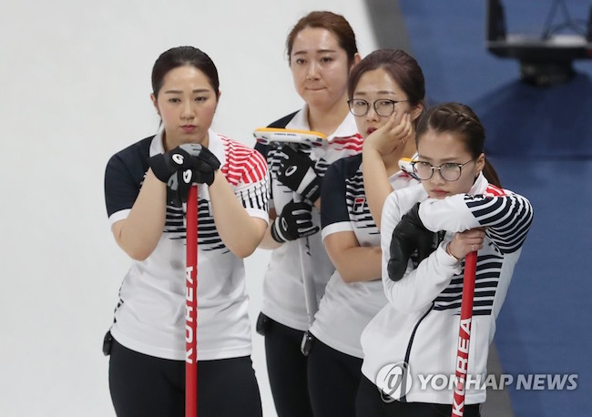 Fantom Optical's Jang said the company would be willing to provide the women's curling team members with a lifetime supply of free glasses and sunglasses if they wanted. (Image: Yonhap)