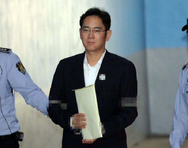 Samsung Electronics vice chairman Lee Jae-yong was arrested and served almost a year behind bars on charges of bribery and corruption before being released on a suspended sentence on February 5. (Image: Yonhap)