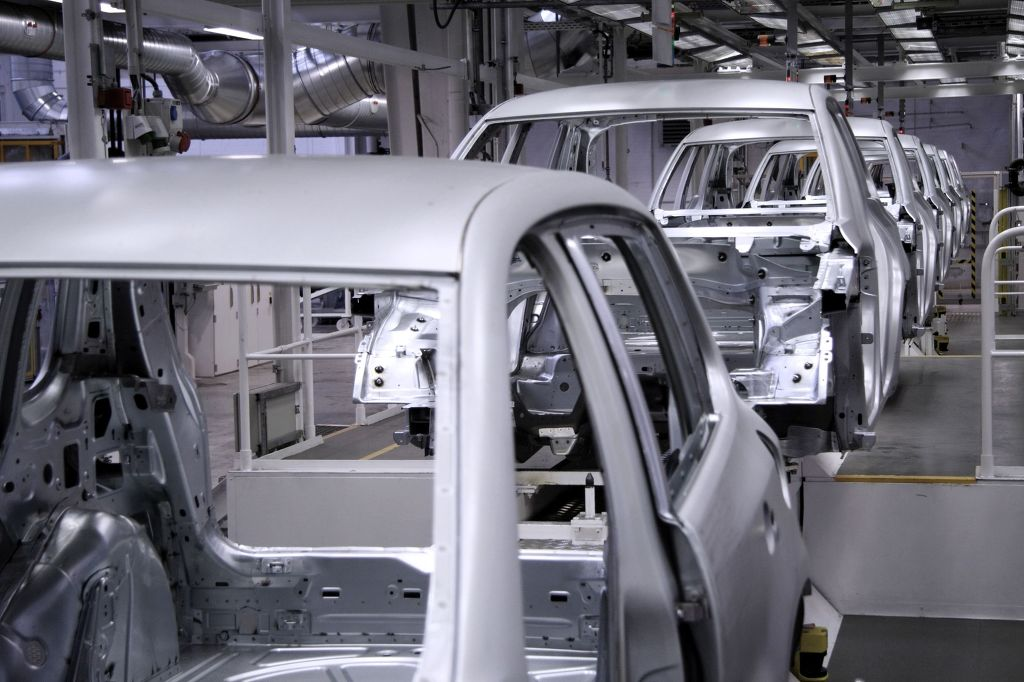 The five automakers -- Hyundai Motor Co., Kia Motors Corp., GM Korea Co., Renault Samsung Motors Corp. and SsangYong Motor Co. -- sold a combined 613,796 vehicles in January, up from 611,364 units the previous year, according to the companies' sales data. (Image: Kobiz Media)